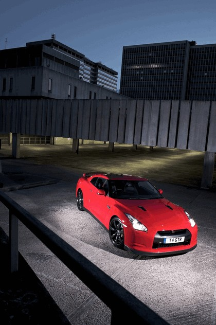 2009 Nissan GT-R R35 27