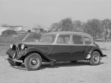 1935 Citroen Traction Avant 11CV combi 1