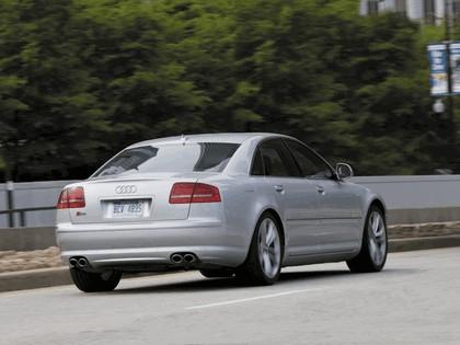 2008 Audi S8 9