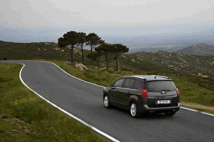 2009 Peugeot 5008 12