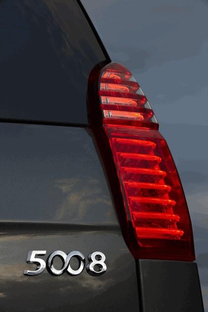 2009 Peugeot 5008 23