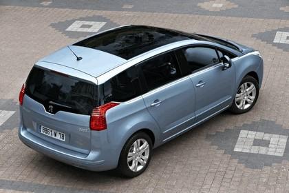 2009 Peugeot 5008 26