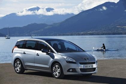 2009 Peugeot 5008 27