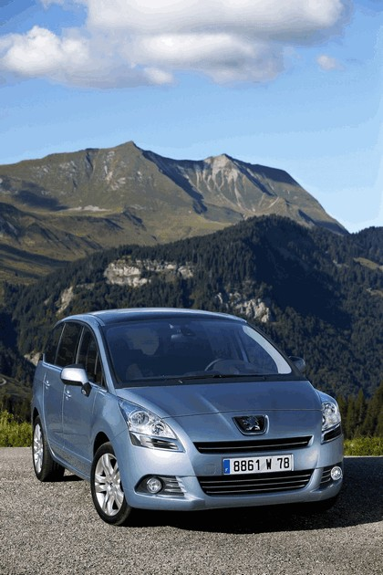 2009 Peugeot 5008 28