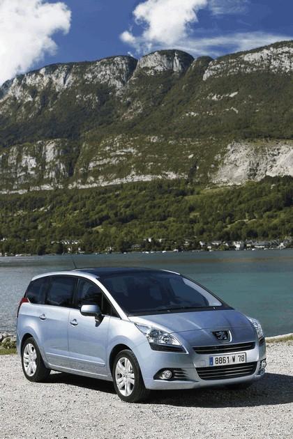 2009 Peugeot 5008 29