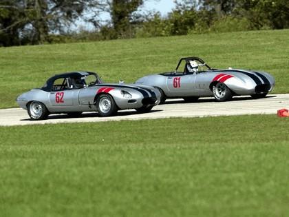 1962 Jaguar E-Type Select Edition Roadster-Hardtop #62 (2004 Season) 4