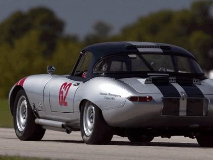 1962 Jaguar E-Type Select Edition Roadster-Hardtop #62 (2004 Season) 6
