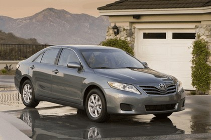 2010 Toyota Camry LE 5