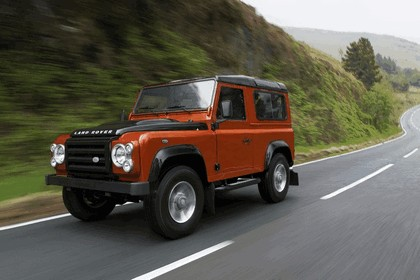 2009 Land Rover Defender Limited Edition Fire 6