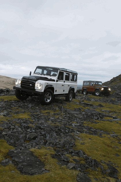 2009 Land Rover Defender Limited Edition Fire 9