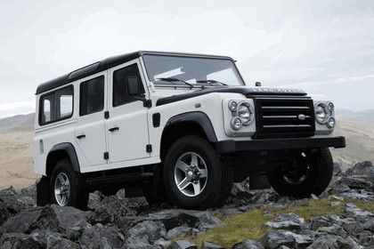 2009 Land Rover Defender Limited Edition Ice 1