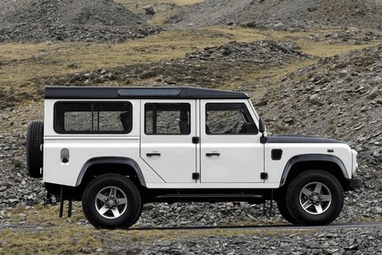 2009 Land Rover Defender Limited Edition Ice 3
