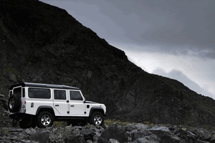 2009 Land Rover Defender Limited Edition Ice 5