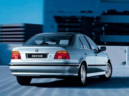 1995 BMW 528i ( E39 ) 4