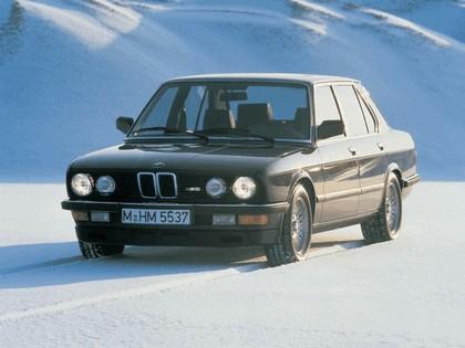 1985 BMW M5 ( E28 ) 1