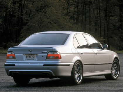 1998 BMW M5 ( E39 ) - USA version 5