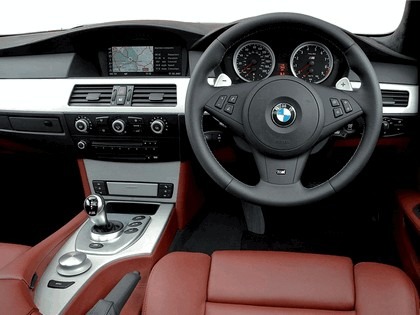 2007 BMW M5 ( E61 ) touring - UK version 7