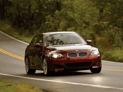 2004 BMW M5 ( E60 ) - USA version 11