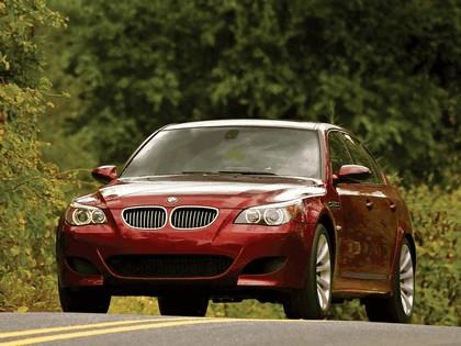 2004 BMW M5 ( E60 ) - USA version 12