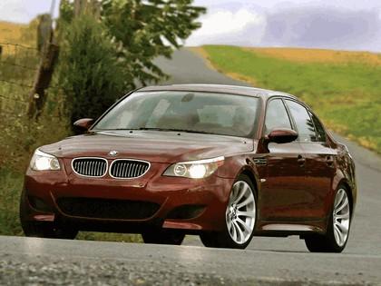 2004 BMW M5 ( E60 ) - USA version 16