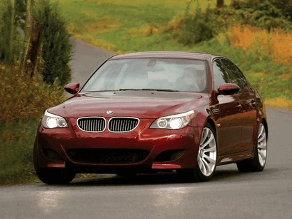 2004 BMW M5 ( E60 ) - USA version 22