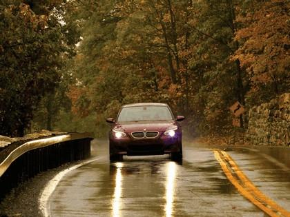 2004 BMW M5 ( E60 ) - USA version 23