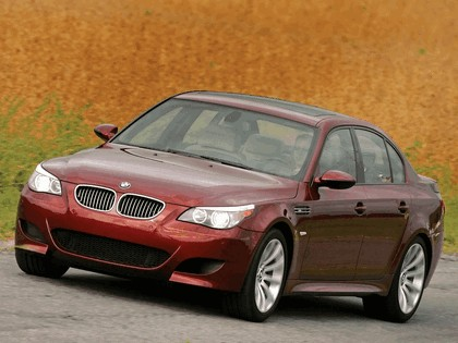2004 BMW M5 ( E60 ) - USA version 25