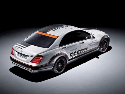 2009 Mercedes-Benz S-klasse ESF Experimental Safety Vehicle 3