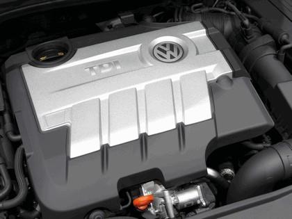 2009 Volkswagen Golf VI GTD 3-door 34
