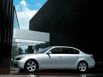 2008 BMW 530Li ( E60 ) 5