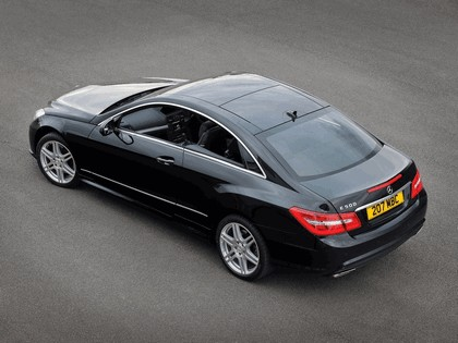 2009 Mercedes-Benz E500 coupé AMG sports package - UK version 3