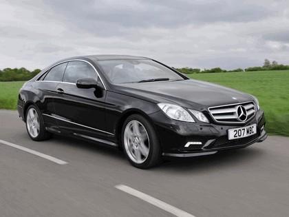 2009 Mercedes-Benz E500 coupé AMG sports package - UK version 6