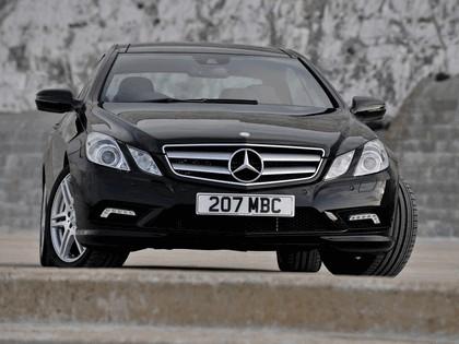 2009 Mercedes-Benz E500 coupé AMG sports package - UK version 13