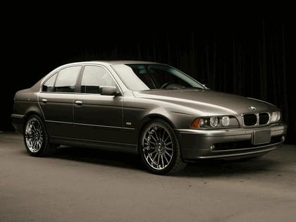 2000 BMW 525i ( E39 ) 1