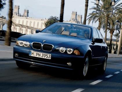 2000 BMW 525i ( E39 ) 4