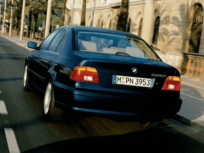 2000 BMW 525i ( E39 ) 12