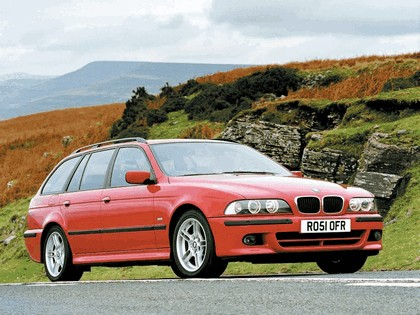 2002 BMW 525i ( E39 ) touring M Sports Package 1