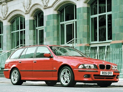 2002 BMW 525i ( E39 ) touring M Sports Package 2