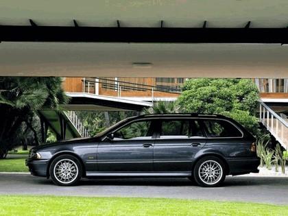2001 BMW 540i ( E39 ) touring 10