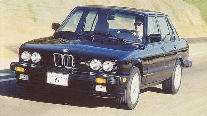 1986 BMW M5 ( E28 ) - USA version 3