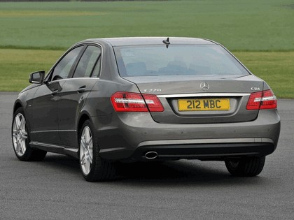 2009 Mercedes-Benz E220 CDI ( W212 ) AMG sports package - UK version 9