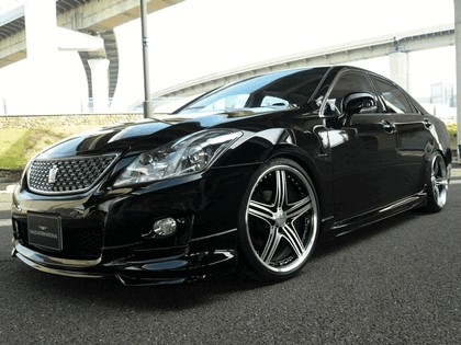 2008 Toyota Crown Athlete S200 by Wald 1