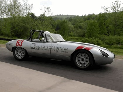 1963 Jaguar E-Type Select Edition Roadster Show Car #63 (2004 Season) 3