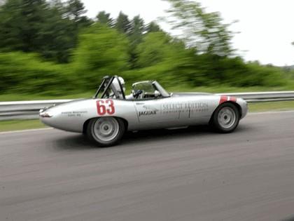 1963 Jaguar E-Type Select Edition Roadster Show Car #63 (2004 Season) 12