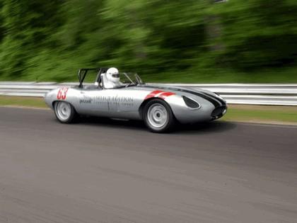 1963 Jaguar E-Type Select Edition Roadster Show Car #63 (2004 Season) 18