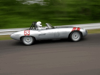 1963 Jaguar E-Type Select Edition Roadster Show Car #63 (2004 Season) 29