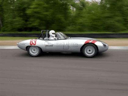 1963 Jaguar E-Type Select Edition Roadster Show Car #63 (2004 Season) 30