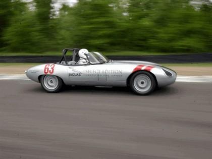 1963 Jaguar E-Type Select Edition Roadster Show Car #63 (2004 Season) 31