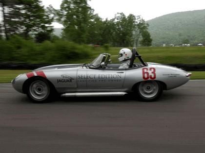 1963 Jaguar E-Type Select Edition Roadster Show Car #63 (2004 Season) 39
