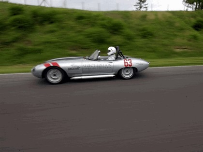 1963 Jaguar E-Type Select Edition Roadster Show Car #63 (2004 Season) 50